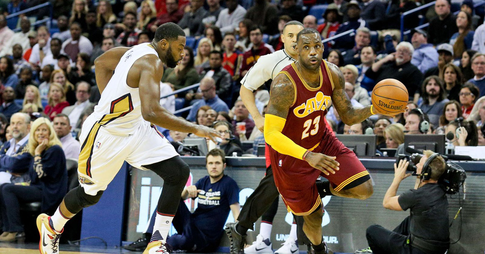 LeBron James drives to the basket in last Friday's game (Photo via USA TODAY).